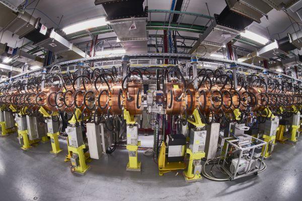 LHC: ISTRUZIONI PER L'USO -                                                                                             I Giovedì Universitari
