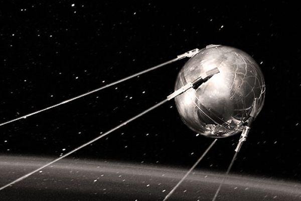 DALLO SPAZIO AL DIVANO DI CASA, DALLO SPUTNIK ALLE ONDE GRAVITAZIONALI - In Occasione dei 60 anni dal lancio dello Sputnik