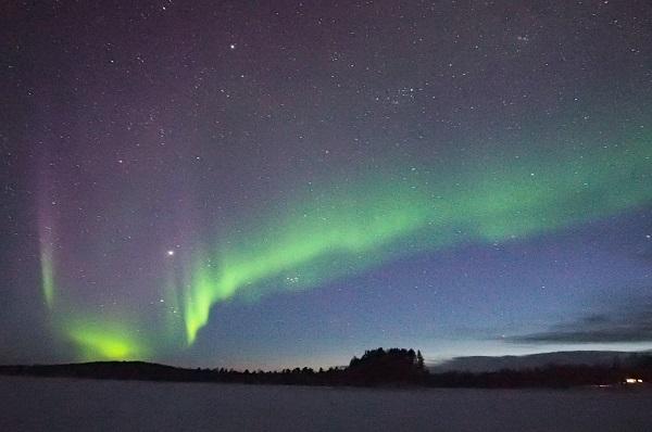 SPETTACOLI DA PARTICELLE - quando particelle dello spazio profondo raggiungono la terra