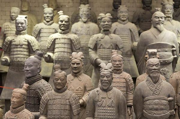 16/02/2018 - Piramidi e guerrieri di terracotta Cina