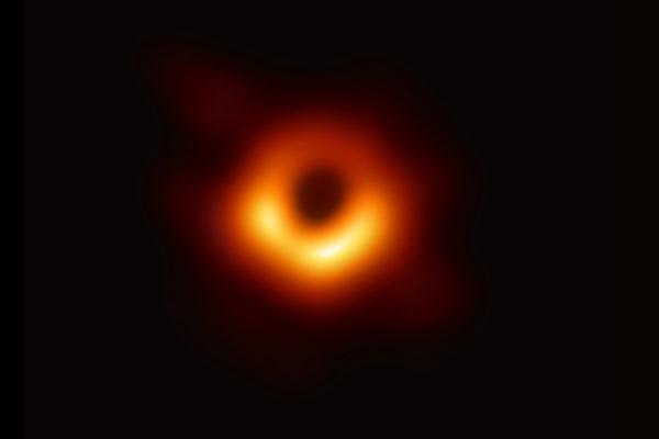 L'immagine che ha fatto il giro del mondo Civico Planetario Ulrico Hoepli