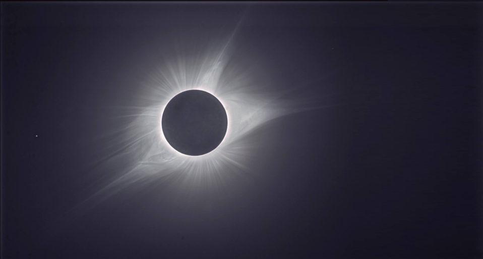 IL SOLE NERO SUL DESERTO DI ATACAMA