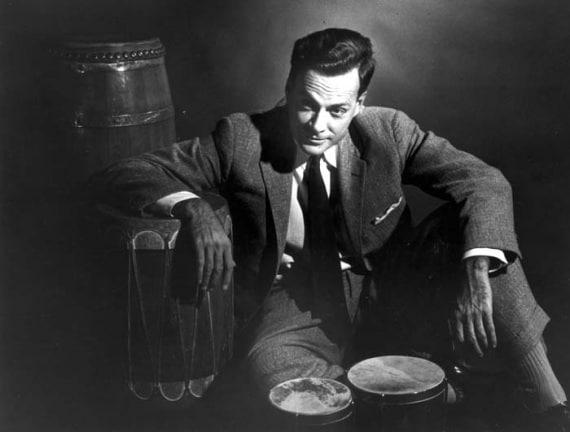 Richard Feynman, lo strabiliante mago della fisica anniversario, diagrammi Feynman, elettrodinamica quantistica, integrale Feynman, meccanica quantistica, news LOfficina, QED, Richard Feynman