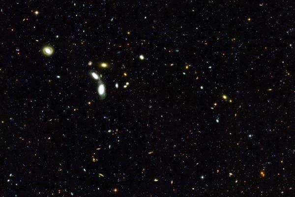 Tre sinfonie e l'evoluzione del cosmo galassie