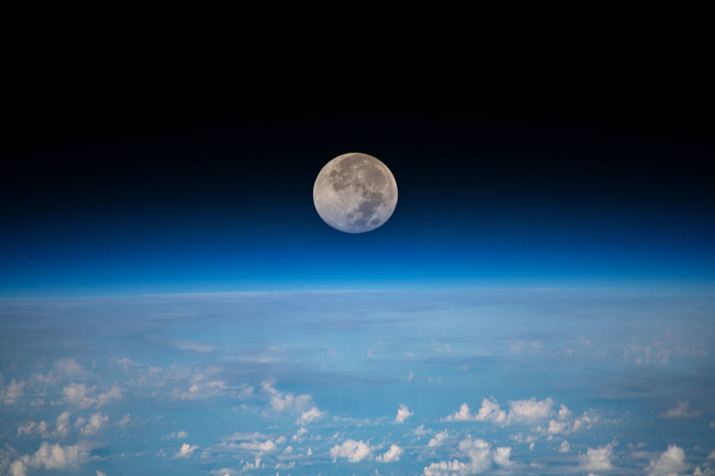 luna, stelle meraviglie in cielo